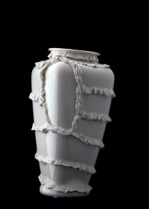 Robert Chamberlin, from the Fill me Up series, porcelain.
